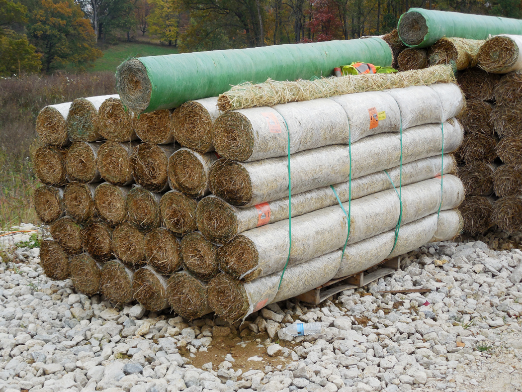 8 X 112 Erosion Control Straw Blanket Hendricks Feed